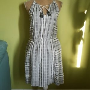 Vince Camuto stripped black and white dress Small
